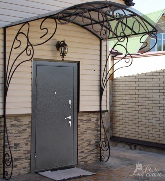 двери металлические входная уличная