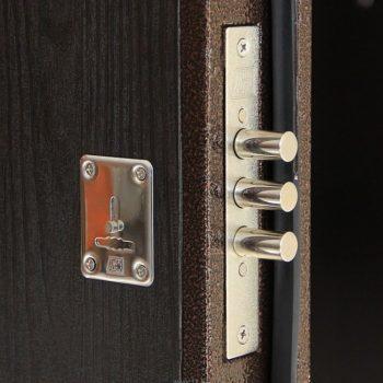 Замки врезные для металлических дверей